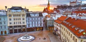Kelionė Bratislava - Viena (Plaukimas Dunojumi)