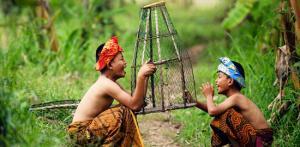 Kelionė Indonezijos kultūrų kaleidoskopas: 4 salų turas (su lietuviškai kalbančiu vadovu)