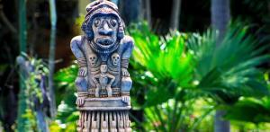 Kelionė Majų civilizacijos pėdsakais: Gvatemala, Belizas, Meksika (su lietuviškai kalbančiu vadovu)