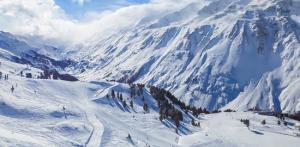 Kelionė Slidinėjimas Austrijoje 9 d. (Zilertalio slėnis)