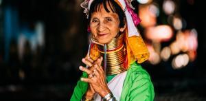 Kelionė Naujieji metai Mianmare: unikalios gentys ir auksinės šventyklos