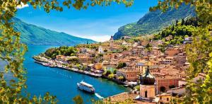 Kelionė Gražiausi Italijos ežerai