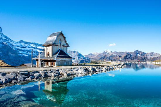 Šveicarija ...kalnų, ežerų, tarpeklių ir ledynų kraštas (7d/6n)