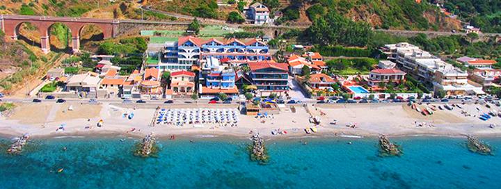 Grožėkitės vaizdinga gamta ir pažinkite saliečių kultūrą SICILIJOJE! Savaitė gerame 3* viešbutyje OASI AZZURRA ant jūros kranto.