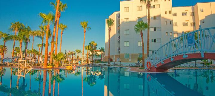 Aktyvus šeimos poilsis Larnakos regione KIPRE! Savaitė labai gerai vertinamame ANASTASIA BEACH HOTEL  4* viešbutyje su pusryčiais ir vakarienėmis.