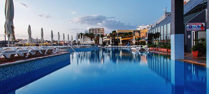 Žavios atostogos MALTOJE ant jūros kranto! Savaitė labai gerai vertinamame 4* viešbutyje.