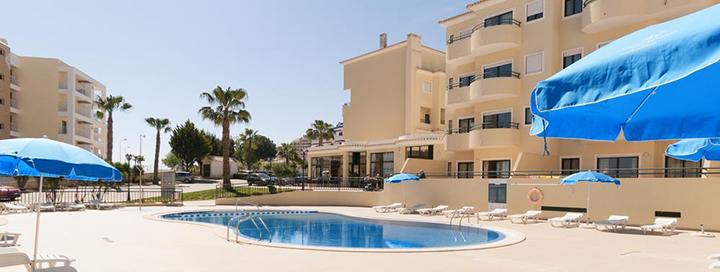Poilsis vienuose iš gražiausių ALGARVĖS regiono paplūdimių, Portugalijoje! Savaitė labai gerai vertinamame 3* viešbutyje PLAZA REAL BY ATLANTIC HOTELS.