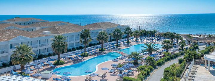 Smagios šeimos atostogos KORFU saloje, Graikijoje! Savaitės poilsis 4* viešbutyje ant jūros kranto.