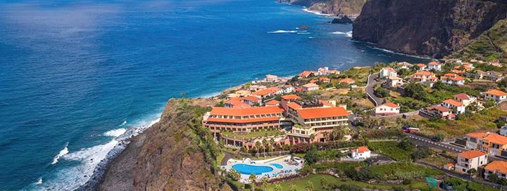 Poilsis nuostabios gamtos apsuptyje MADEIROS saloje, Portugalijoje! 7 n. 4* viešbutyje MONTE MAR PALACE.