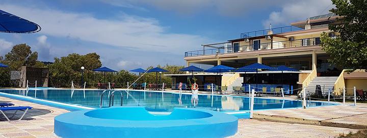 Pasimėgaukite saule ir ramiu poilsiu Peloponese, GRAIKIJOJE! 7 n. 3* viešbutyje EPIHOTEL ODYSSEAS su pusryčiais ir vakarienėmis.
