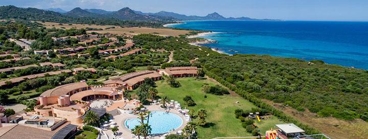 Vaizdingos atostogos prie Viduržemio jūros SARDINIJOJE! 7 n. poilsis jaukiame 4* viešbutyje SANT' ELMO BEACH HOTEL.