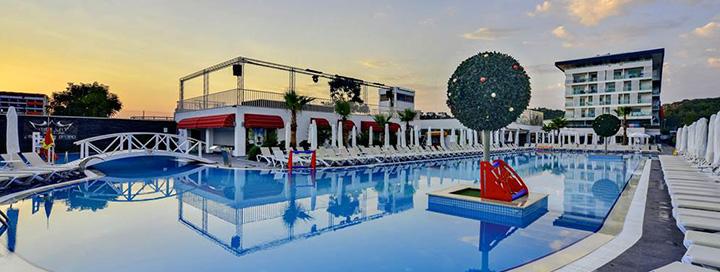 Atpalaiduojančios atostogos su šeima Alanijos regione, TURKIJOJE! 7 n. gerai vertinamame 5* viešbutyje WHITE CITY RESORT.