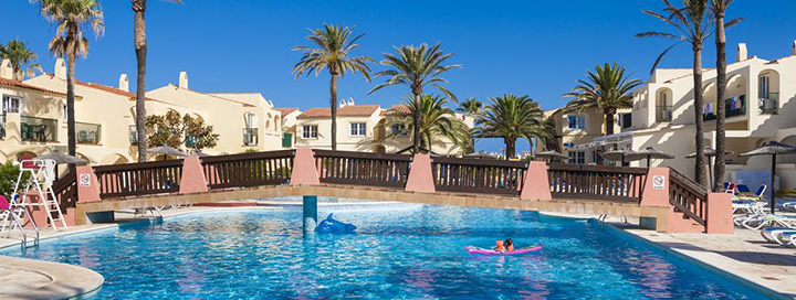 Saulėtas poilsis prie jūros Menorkos saloje, ISPANIJOJE! 7 n. atostogos apartamentuose GLOBALES BINIMAR.