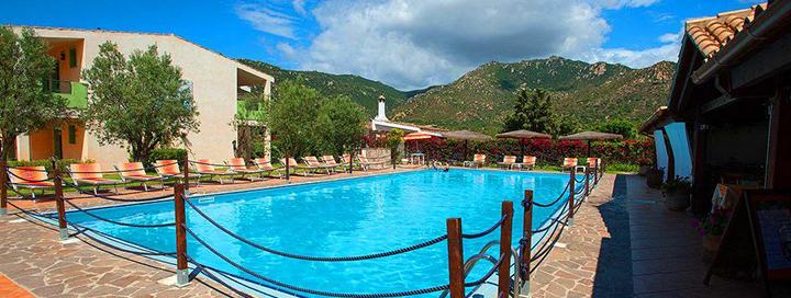 Smagios ir saulėtos šeimos atostogos Sardinijoje, ITALIJOJE! 7 n. poilsis jaukiame 4* viešbutyje LE ZAGARE.