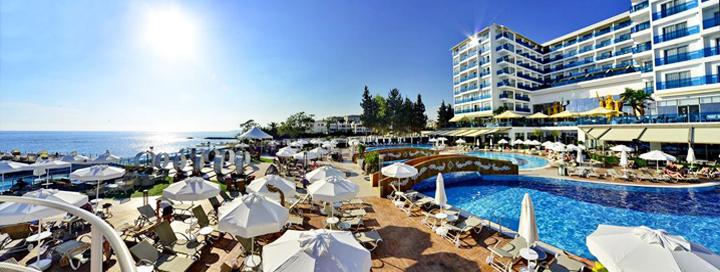 """Modernus komfortas TURKIJOJE: Savaitė AZURA DELUXE RESORT & SPA 5* viešbutyje su """"ultra viskas įskaičiuota""""."""