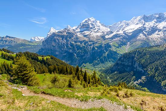 Austrija - žavingas Vachau slėnis ir magiškieji Alpių kalnai