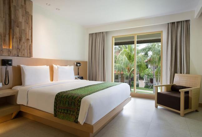 HOLIDAY INN BARUNA BALI 5*