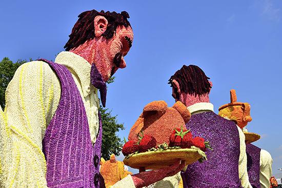 Jurginų skulptūrų paradas Olandijoje