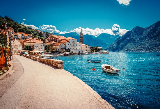 Poilsis Juodkalnijoje prie Adrijos jūros