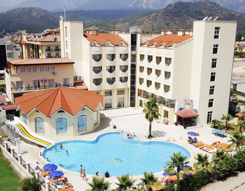 Viešbučio LARISSA INN 3* (ex.RIZZI HOTEL)  nuotrauka
