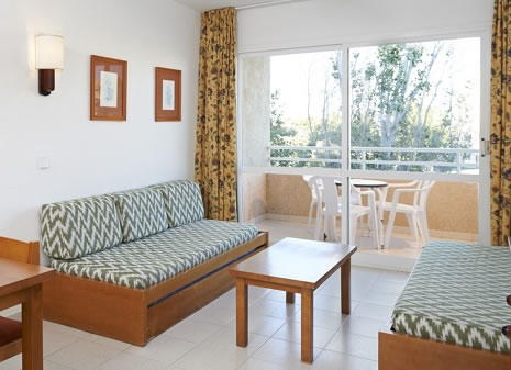 Viešbučio CALA ROMANI 3* nuotrauka