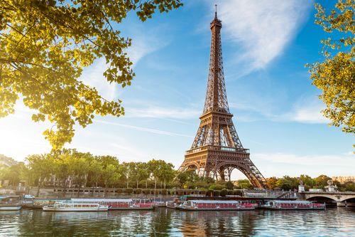 Paryžius- Luaros slėnio pilys-Bretanė