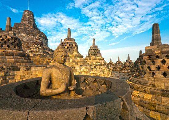 Nuo Javos iki Balio salos
