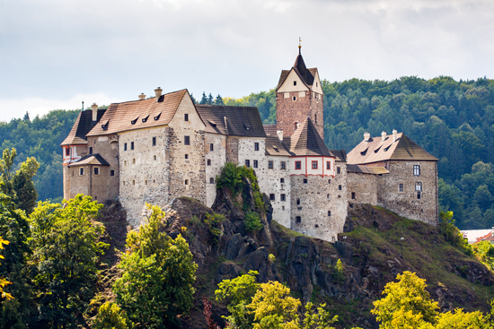 Loket pilis – Karlovy Varai - Praha 4d./2n.