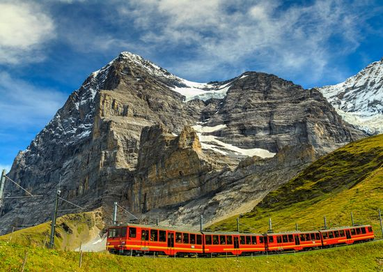 Šveicarija. Žemės lopinėlis arčiausiai dangaus 8d.