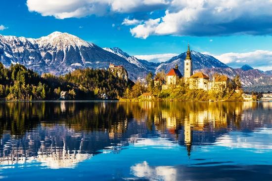 Smaragdinė Slovėnija ir kampelis Italijos ...kalnai, tarpekliai, ežerai, pilys ir Gigantiškoji grota