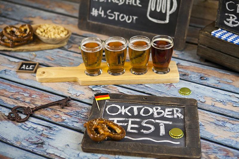 """Alaus šventės """"Oktoberfest"""" siautulys Vokietijoje ...bavariškos linksmybės ir alaus upės"""