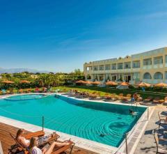NIFOREIKA BEACH HOTEL & BUNGALOWS,                                                                                                                                                   Graikija, Pátrai