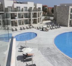 Amphora Hotel & Suites,  Kipras