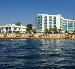 LE BLEU HOTEL & RESORT,