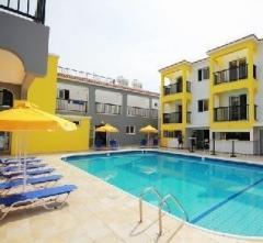Flora Maria Hotel Apartments,  Kipras