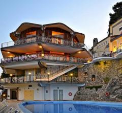 EXCELSIOR GRAND HOTEL (AMALFI),  Italija: Kampanija: Iskija, Amalfi, Neapolis
