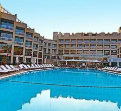 Coral Beach Hotel & Resort,  Kipras