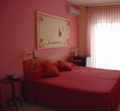 PAISTOS HOTEL (PAESTUM),  Italija: Kampanija: Iskija, Amalfi, Neapolis