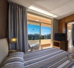 4r Regina Gran Hotel,
