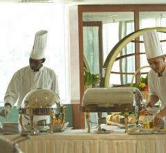 GOLDEN TULIP SHARJAH HOTEL APARTMENTS,  Dubajus