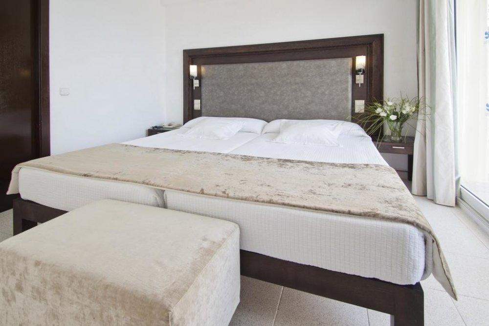 Ola Hotel El Vistamar