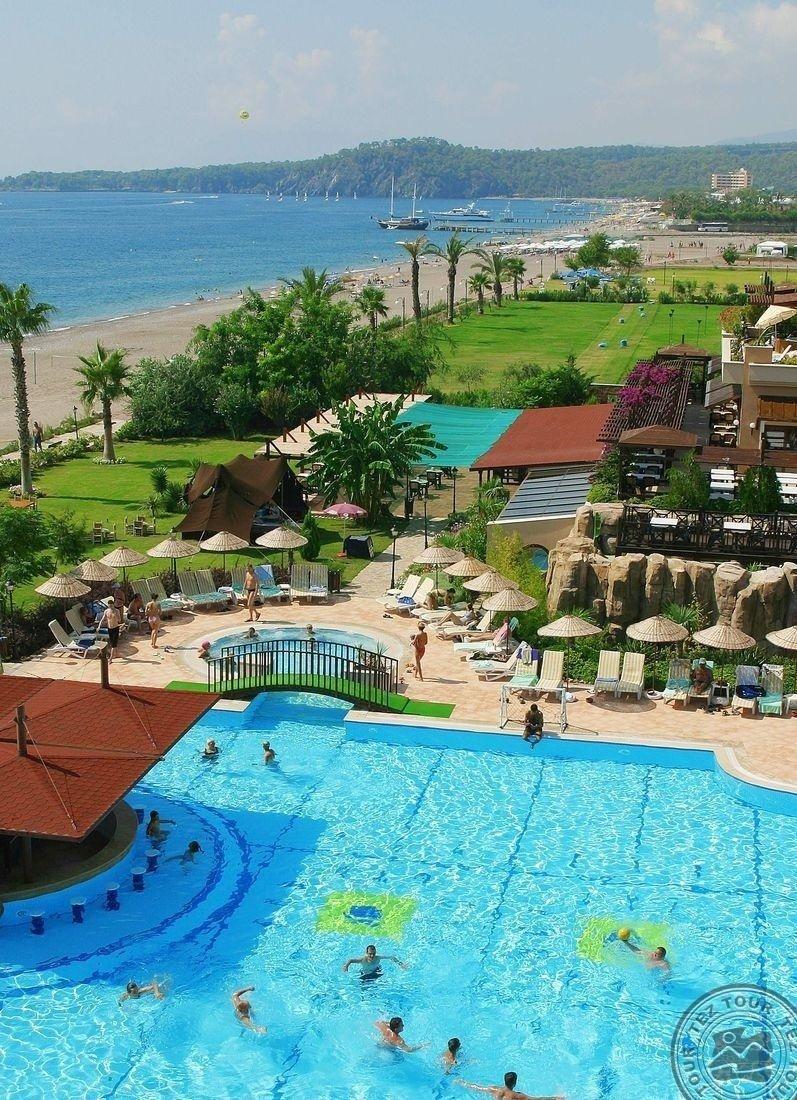 ARMAS LABADA HOTEL