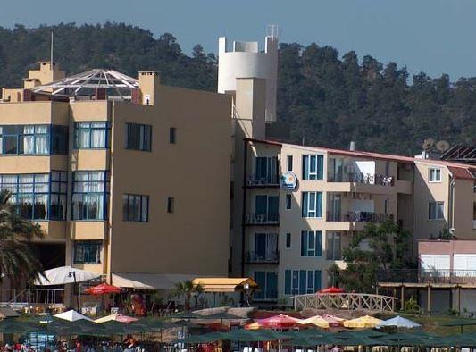BONN BEACH HOTEL BY RRH&R