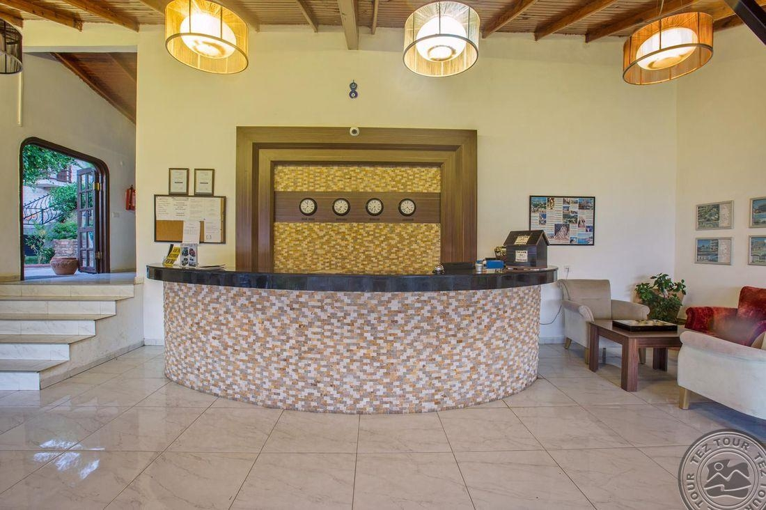 LA FINCA HOTEL