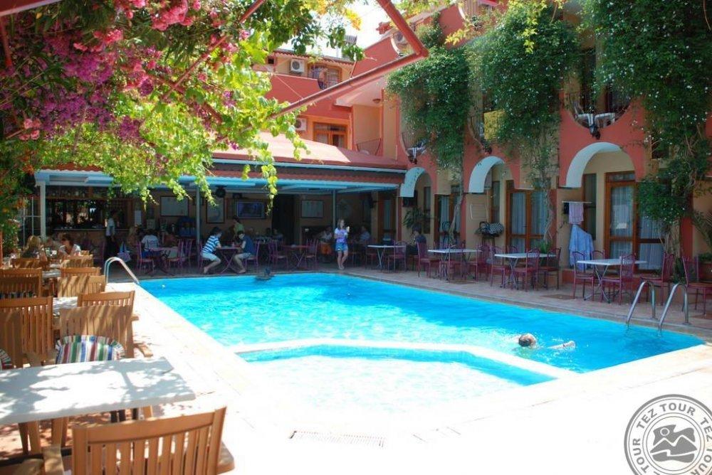 BRITANNIA HOTEL&VILLAS