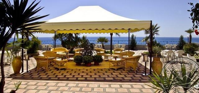 SILEMI PARK HOTEL (LETOJANNI)