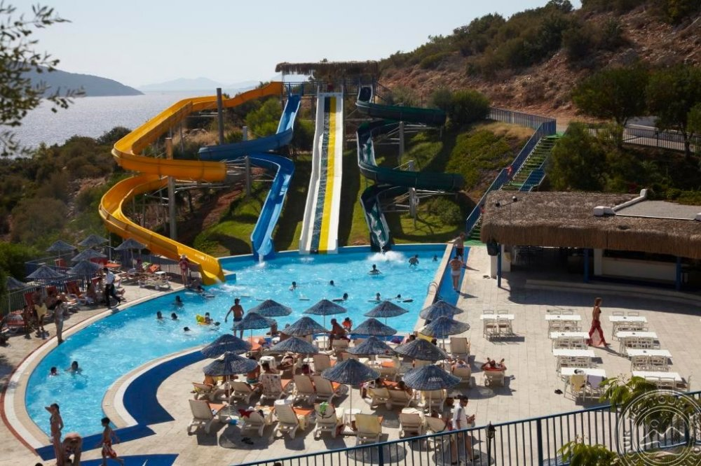 BODRUM HOLIDAY RESORT & SPA