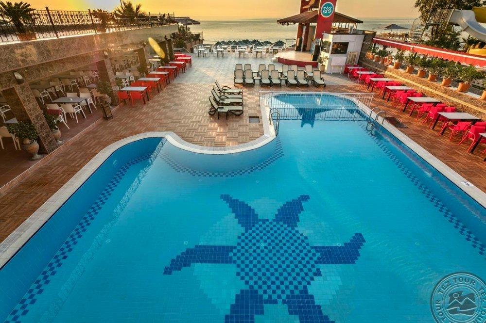 BELPORT BEACH HOTEL