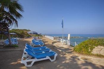 Leonardo Laura Beach & Splash Resort